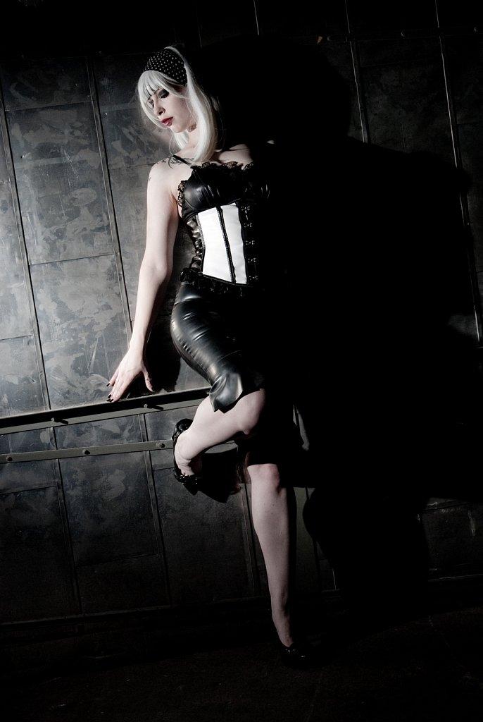 Model - Miyuki Sullen