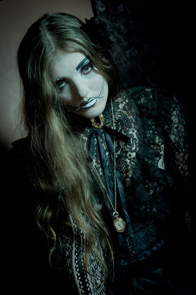 Model - Rebecca